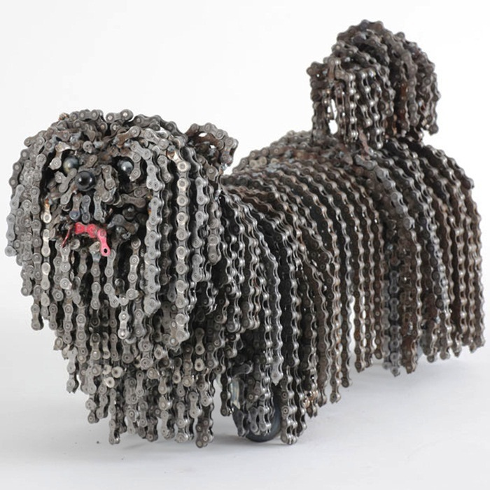 dog made of chain11