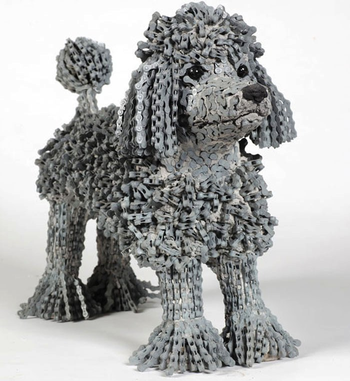 dog made of chain5
