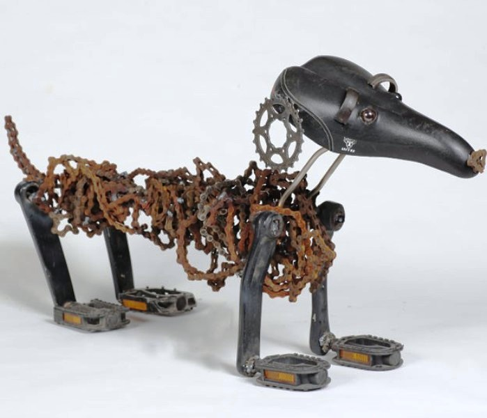dog made of chain8