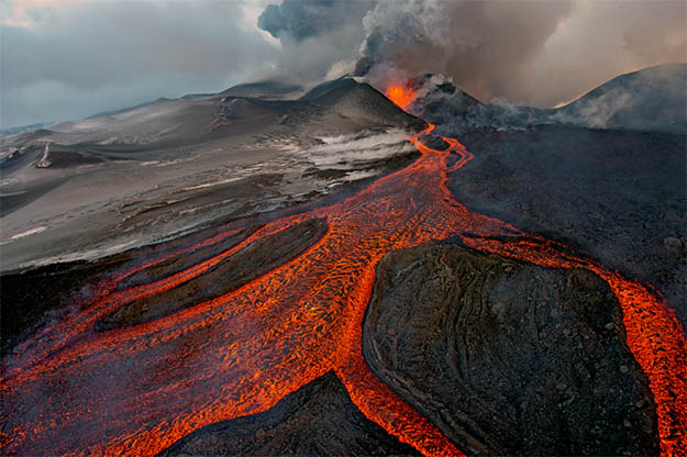 Animal Planet Wildlife Photographer Of The Year 2013 volcano-erruption
